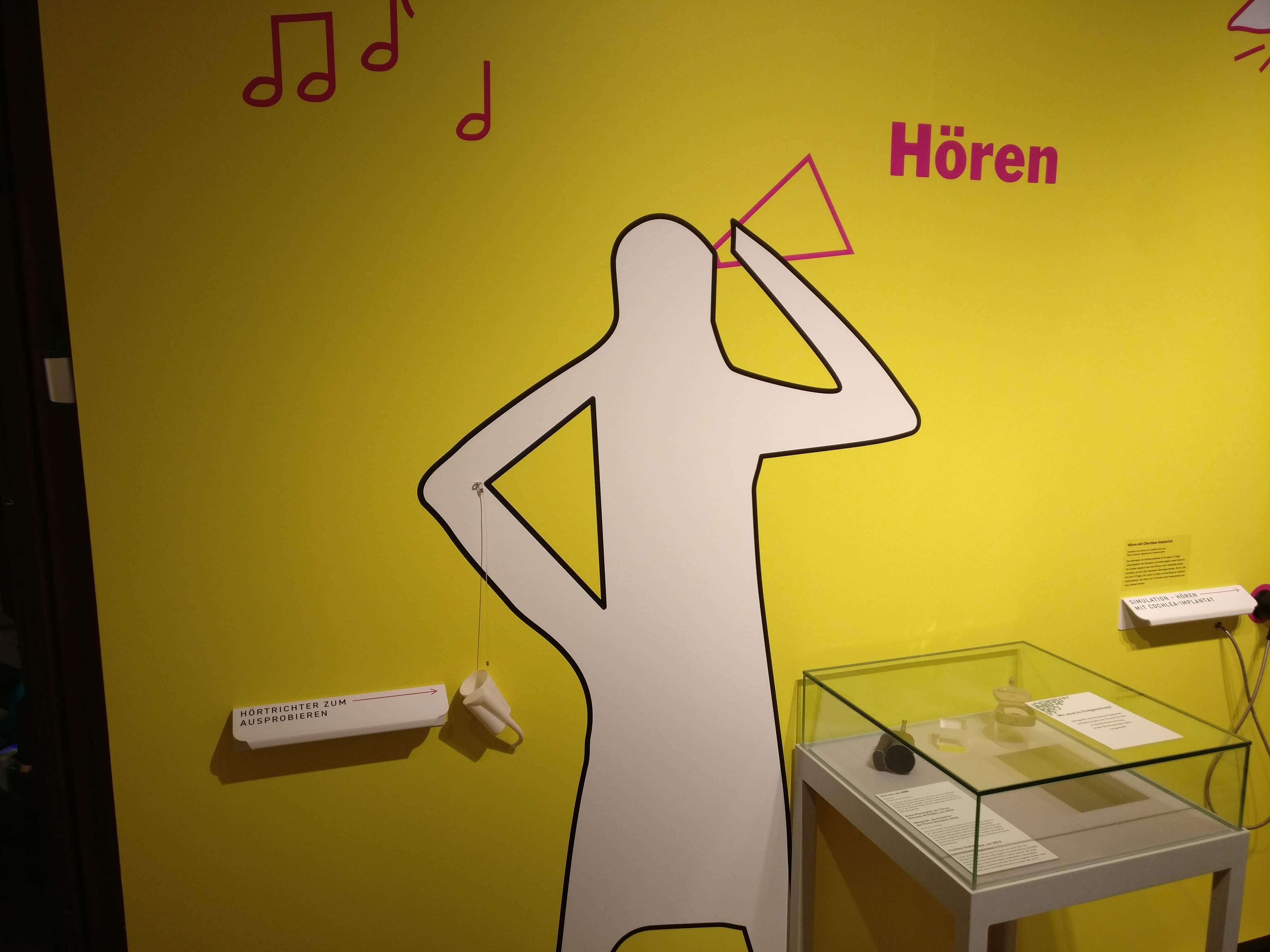 Bild aus dem Eralnger Stadmusuem von einem 3D gedruckten Hörrohr